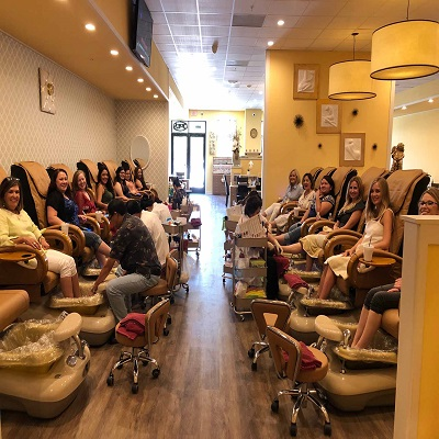 NIRVANA NAIL SPA HOLLYTREE